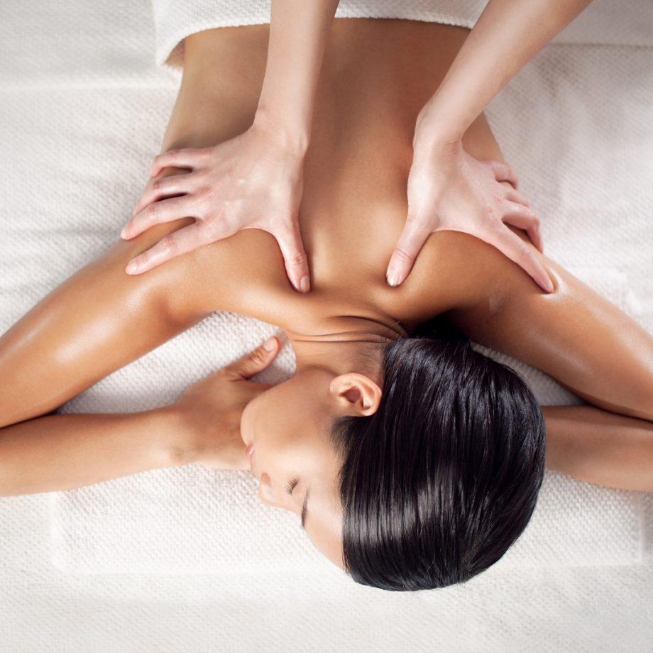 masaje descontracturante essential